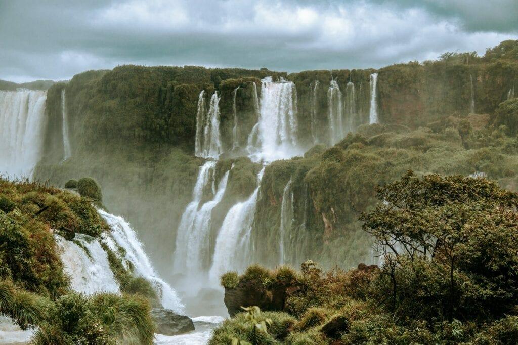 O que fazer em Puerto Iguazu Passeios na Argentina cataratas argentina